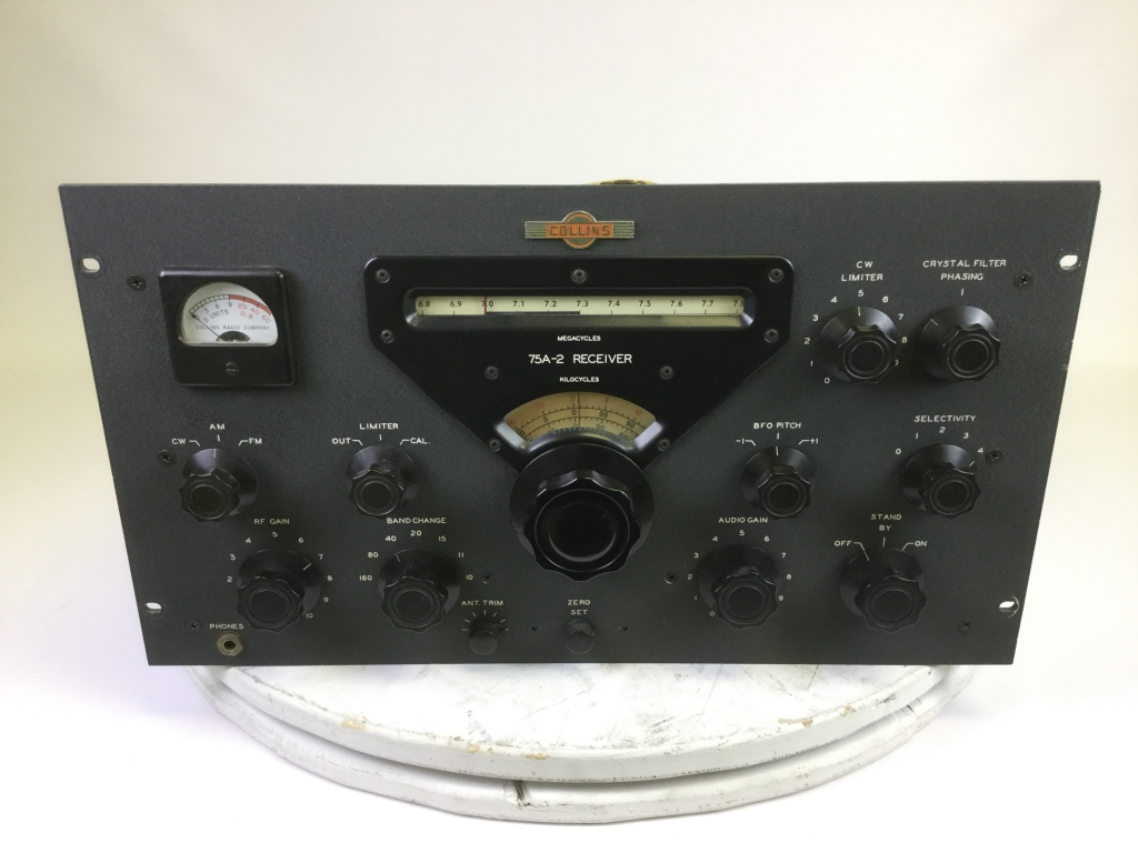 Antique Vintage Tube Radios Electronics Schulman Auction Realty The Transistor In A Century Of 4591 5b30r5mwu